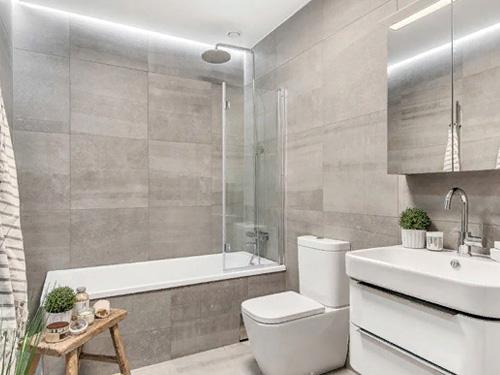Дизайн макет фото ванной комнаты со стеклянной перегородкой