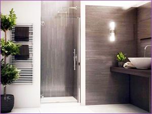 Пример стеклянной двери в строенную душевую нишу