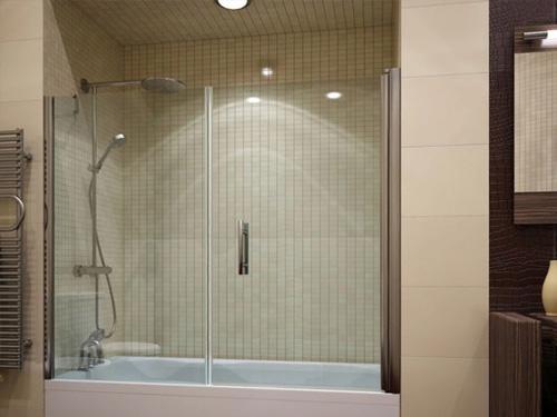 Пример отодвигающей стеклянной ширмы на ванне